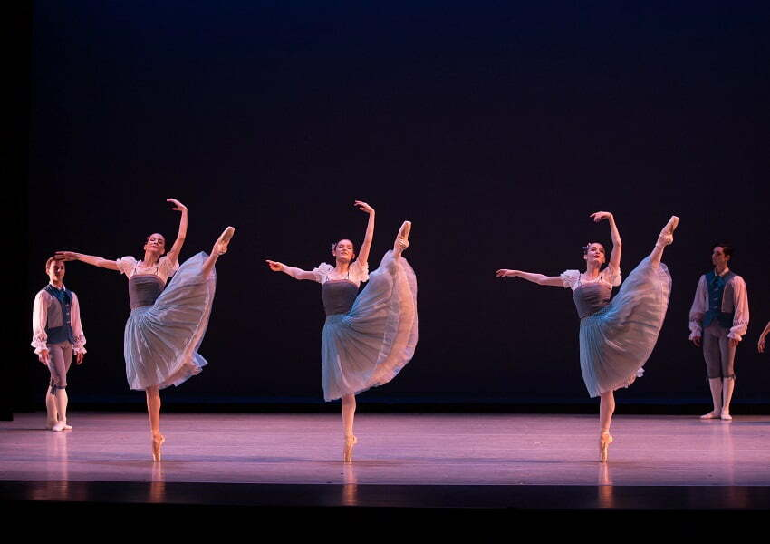 Ballet Virginia International was established as a collaborative effort of dedicated passionate and talented artists led by Janina Michalski Bove and Suzanne Lownsbury